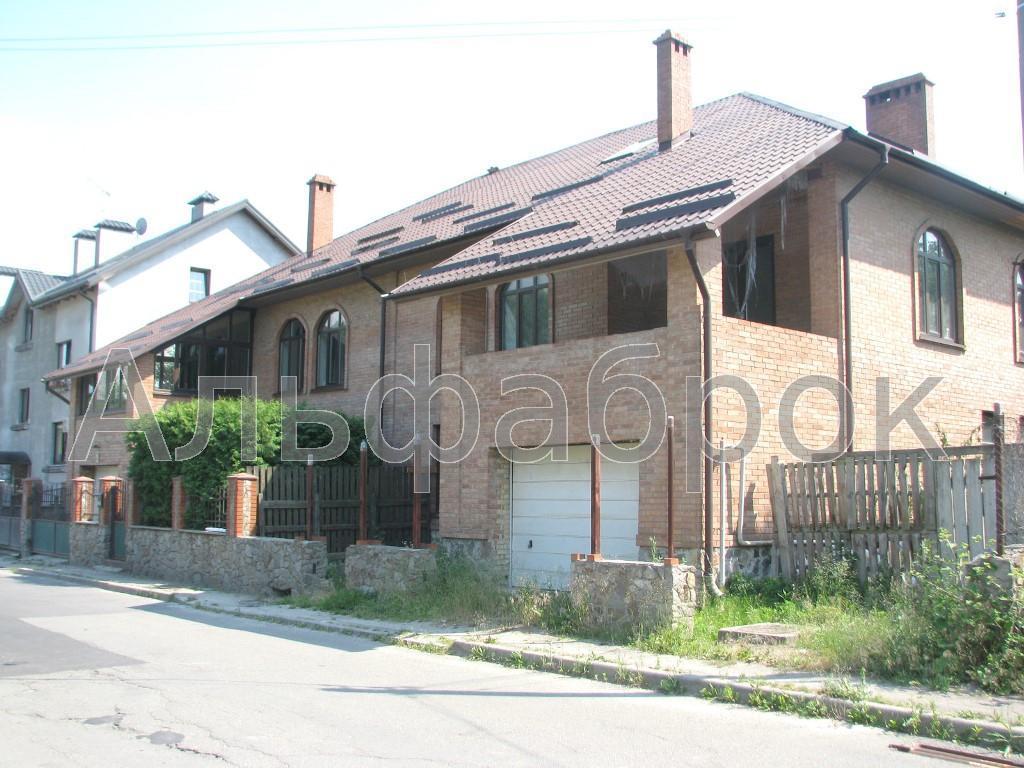 Продам часть дома Киев, Квитки-Основьяненко ул.