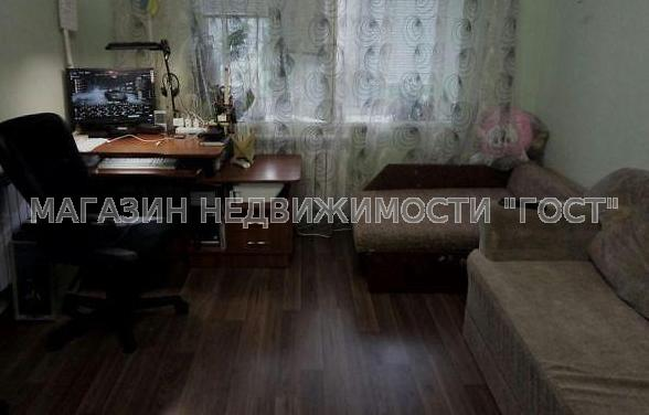 Продам гостинку Харьков, Гвардейцев Широнинцев ул.