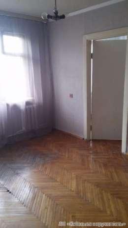Продам квартиру Киев, Метростроевская ул. 4