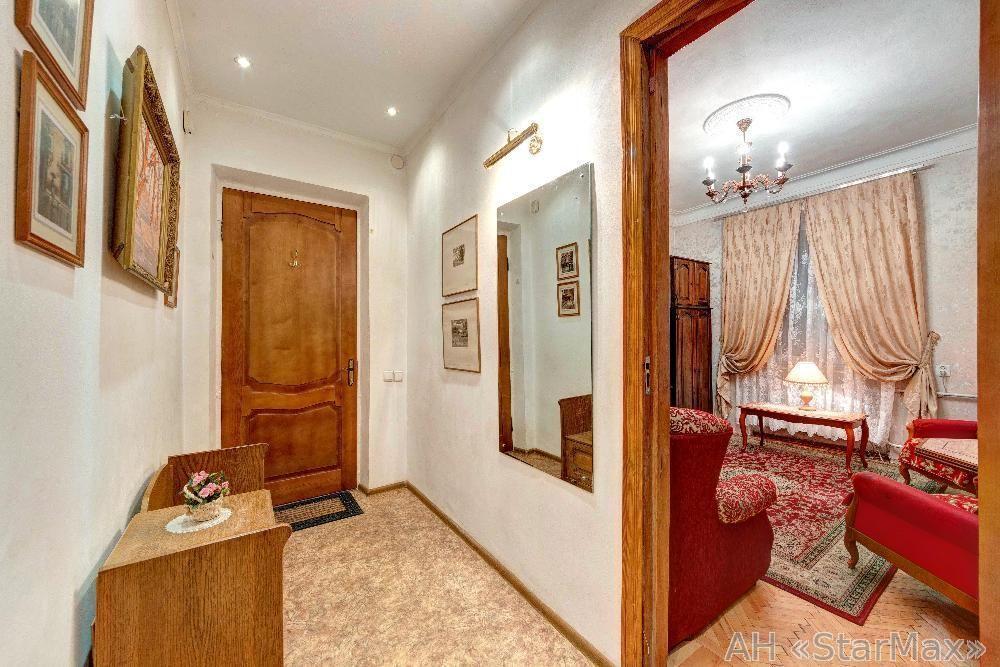Продам квартиру Киев, Белокур Катерины ул. 4
