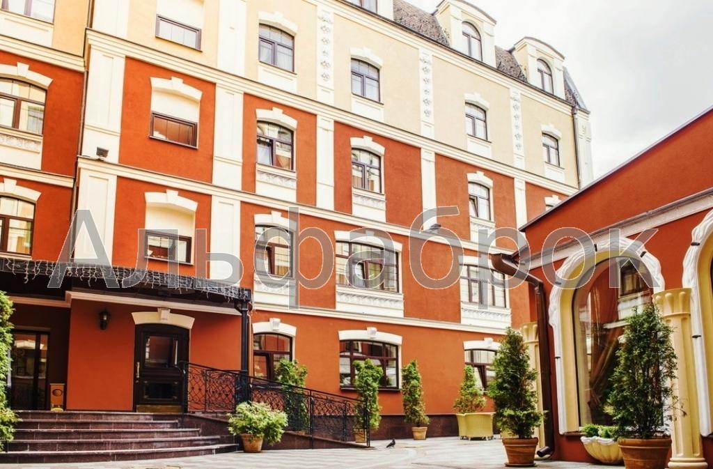 Продам отель Киев, Константиновская ул. 3
