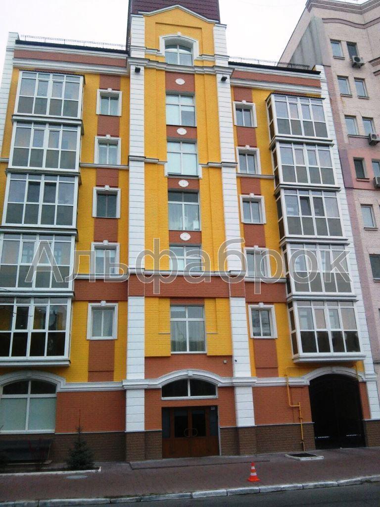 Продам отель Киев, Юрковская ул. 3