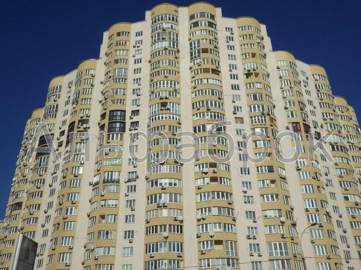 Продам квартиру Киев, Днепровская наб. 4