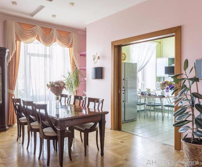 Фото 2 - Продам квартиру Киев, Костельная ул.