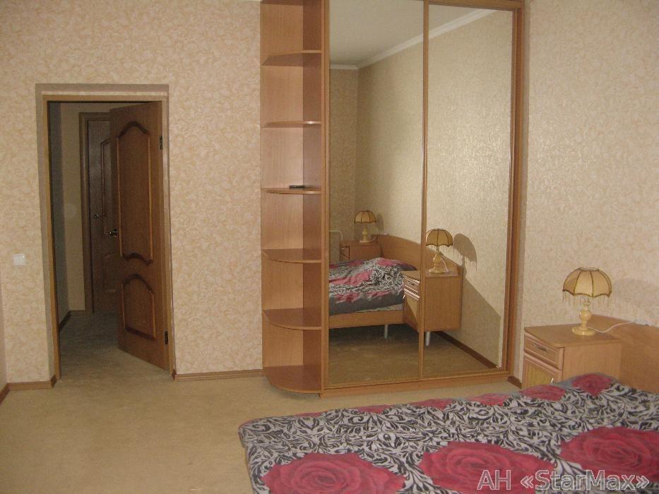 Продам квартиру Киев, Бажана Николая пр-т 4