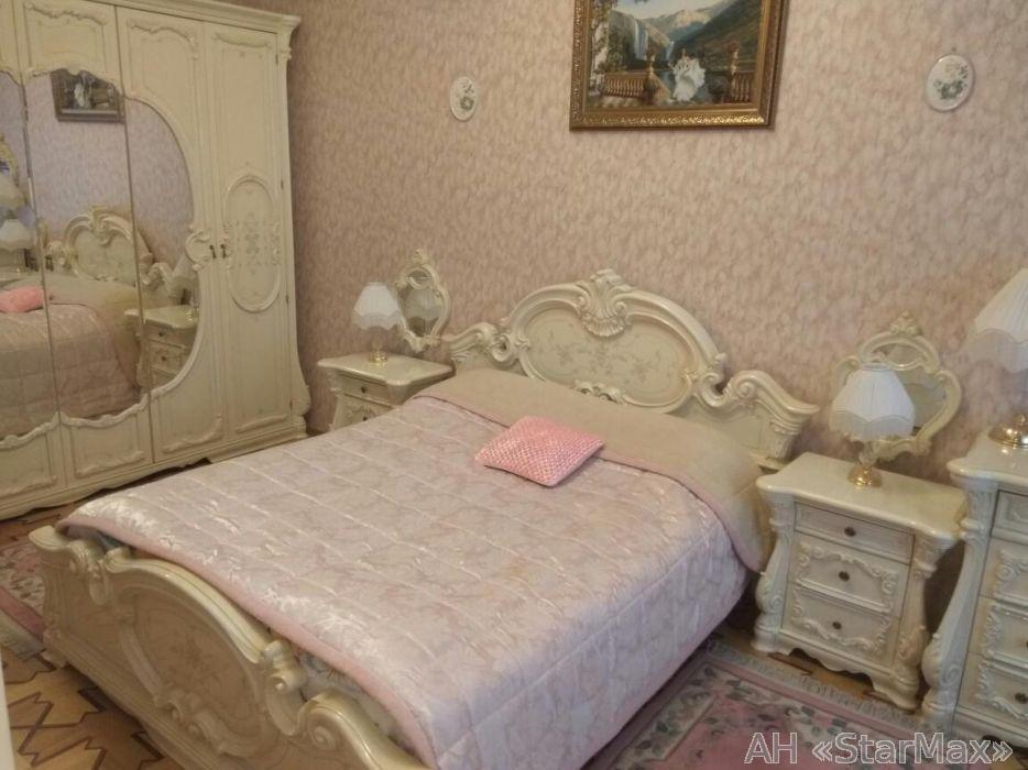 Фото 2 - Продам квартиру Киев, Коцюбинского ул.