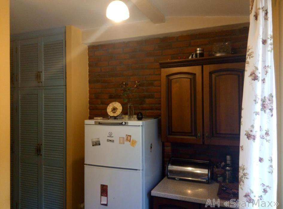 Продам квартиру Киев, Жукова Маршала ул. 4