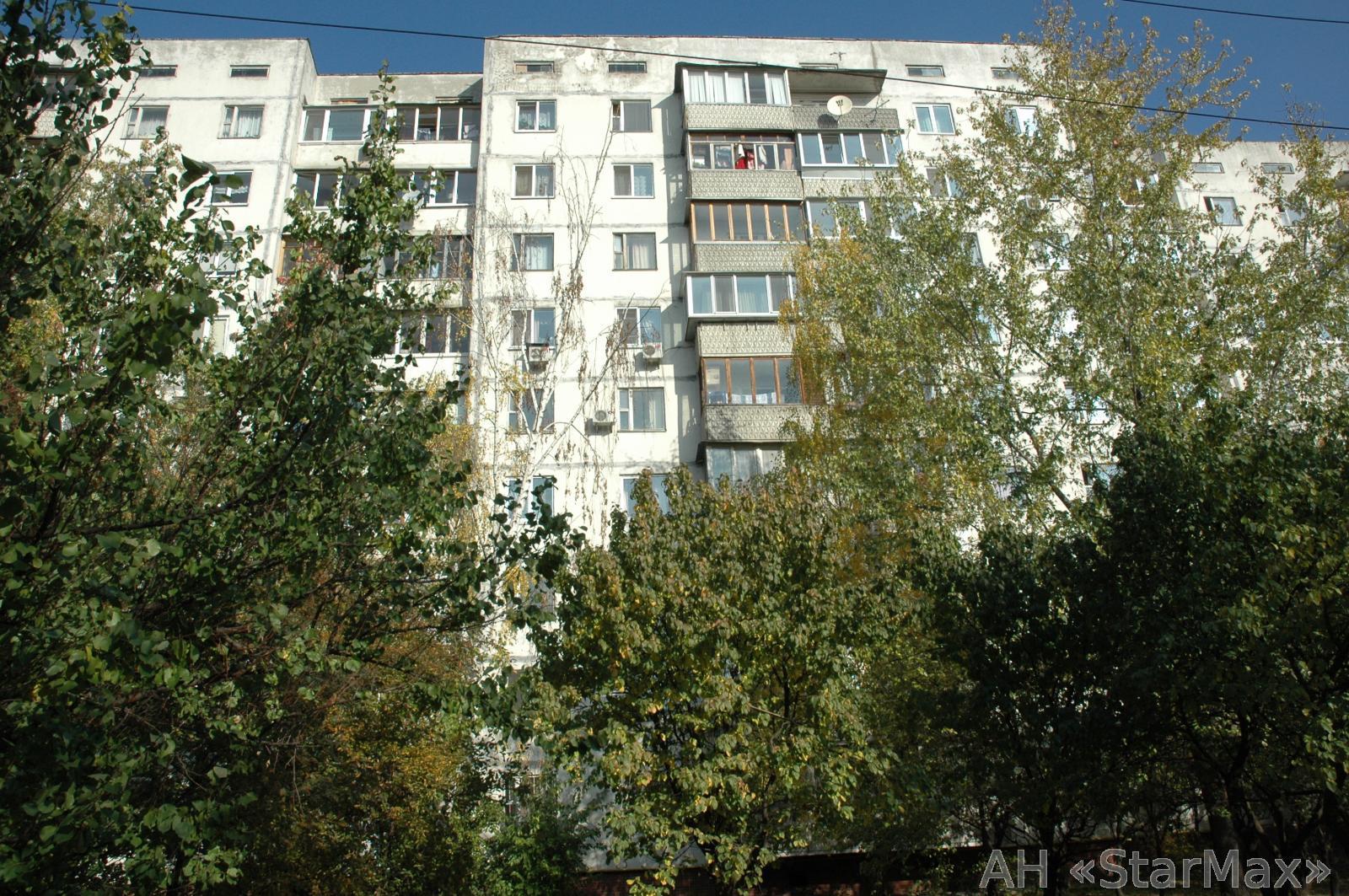 Фото 2 - Продам квартиру Киев, Правды пр-т