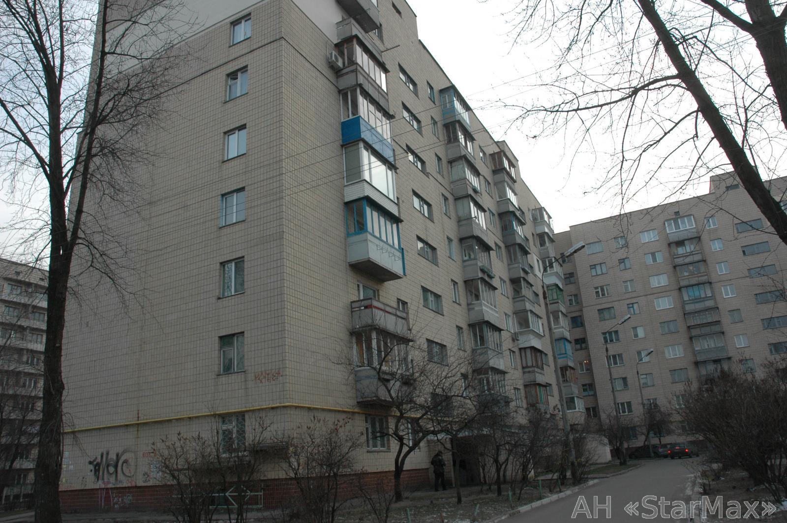 Продам квартиру Киев, Хорольская ул. 2
