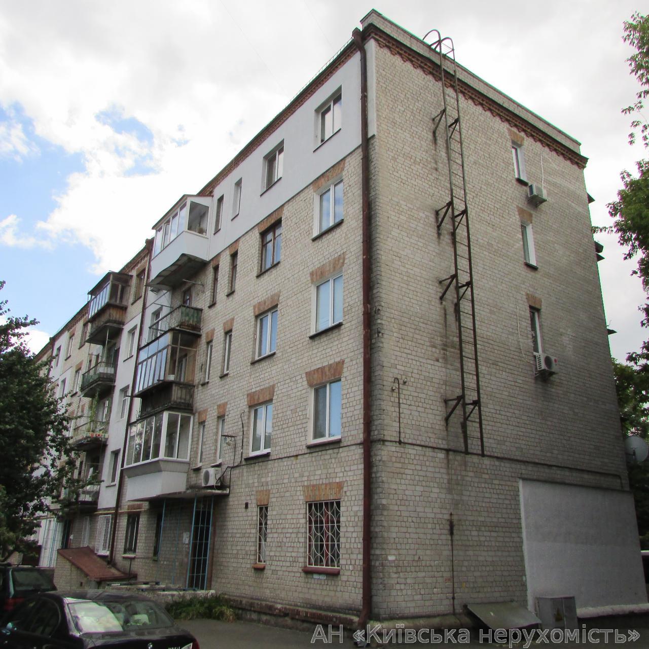 Продам квартиру Киев, Лаврская ул. 4