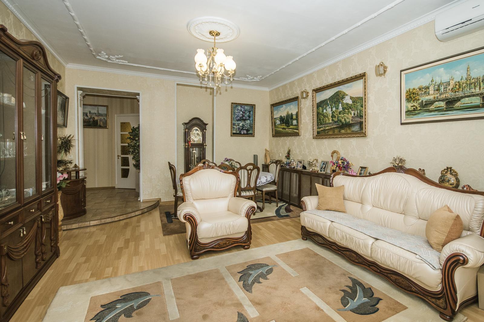 Продам квартиру Харьков, Труфанова ул.