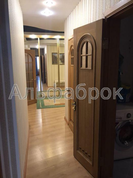 Продам квартиру Киев, Никольско-Слободская ул. 5