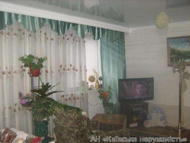 Продам дом Киев, Кукурузная ул. 3