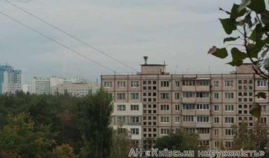 Продам квартиру Киев, Стальского Сулеймана ул. 4