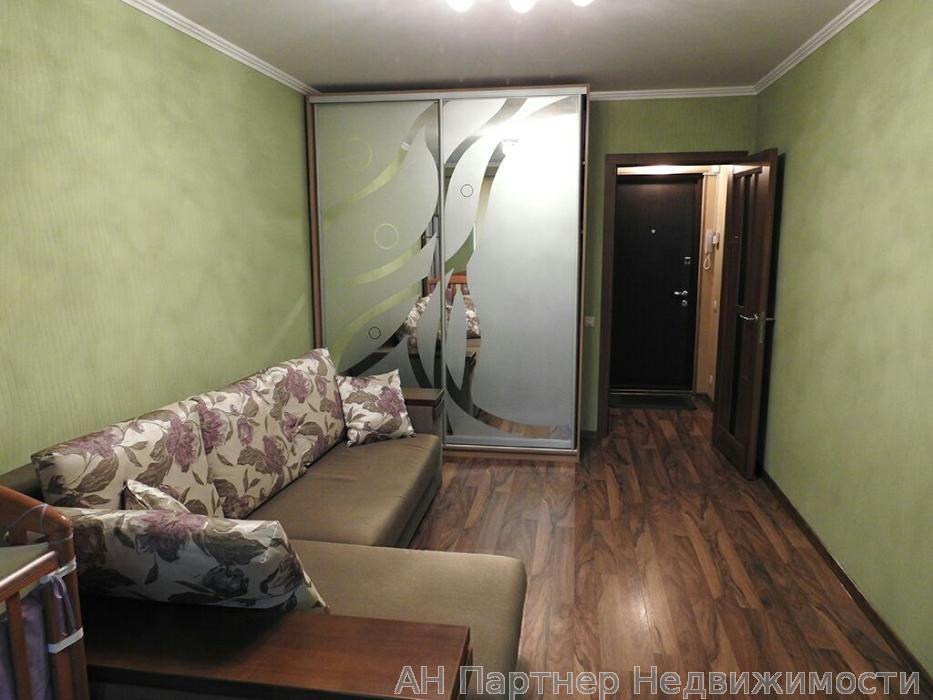 Фото - Продам квартиру Киев, Голосеевский пр-т
