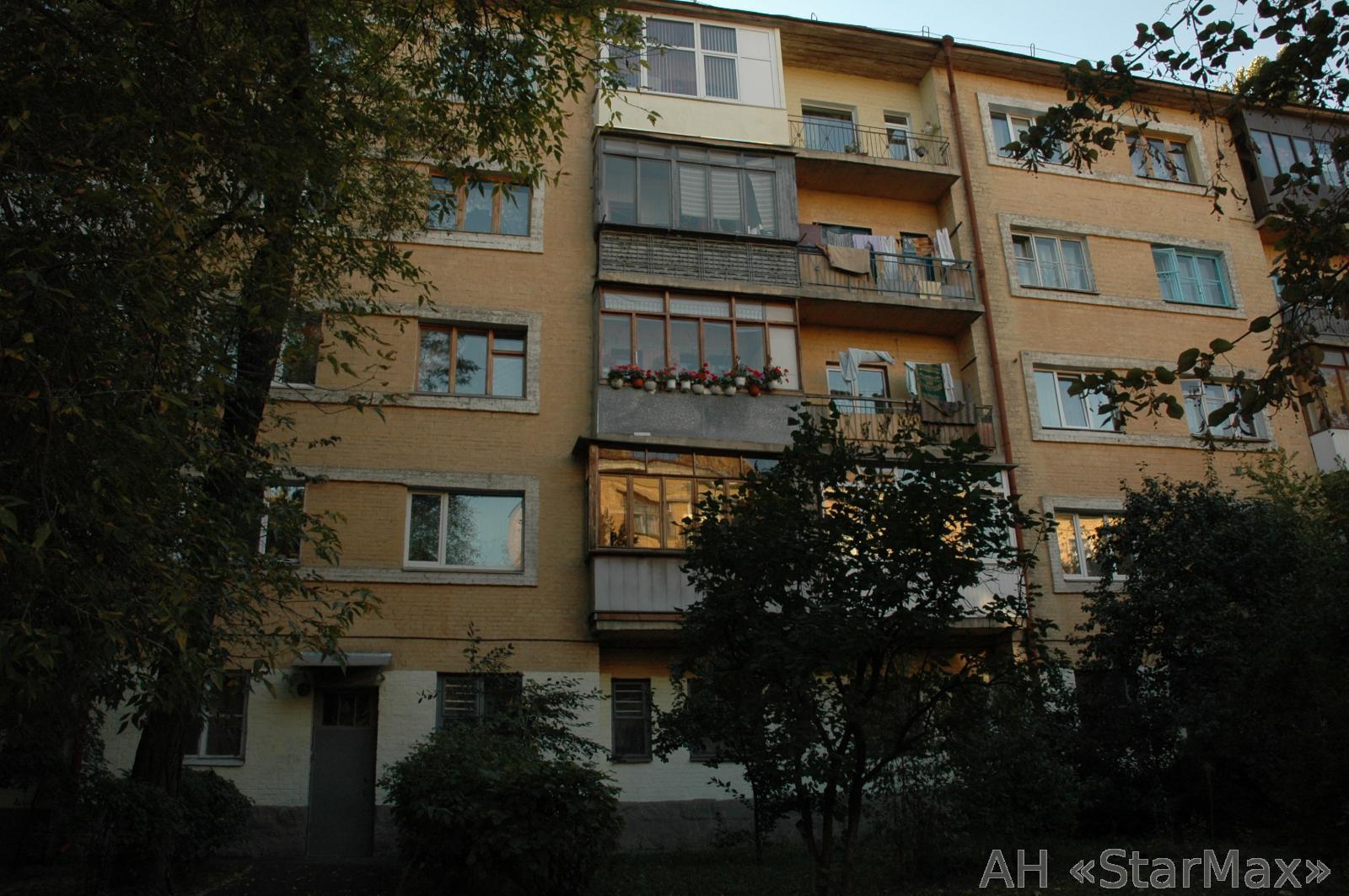 Продам квартиру Киев, Довнар-Запольского ул. 4