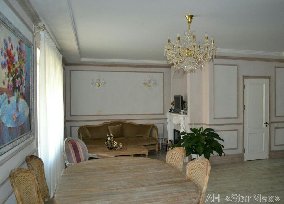 Продам квартиру Вишневое, Молодежная ул. 3