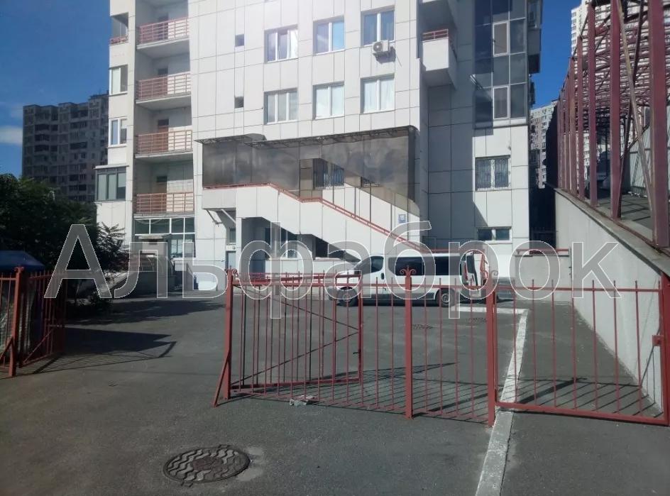 Сдам клинику Киев, Срибнокильская ул.