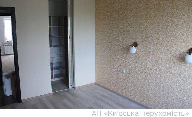 Продам квартиру Киев, Озерная ул. 3