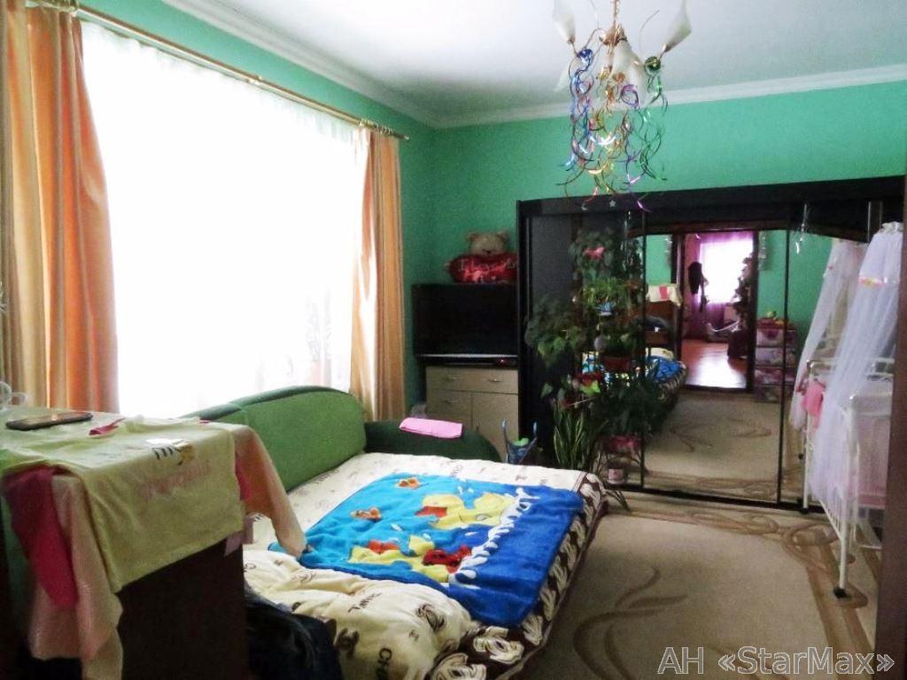 Продам часть дома Бровары, Киевская ул.