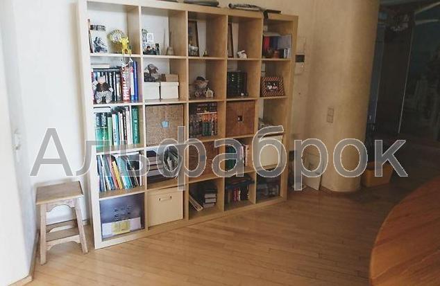 Продам квартиру Киев, Драгоманова ул. 3