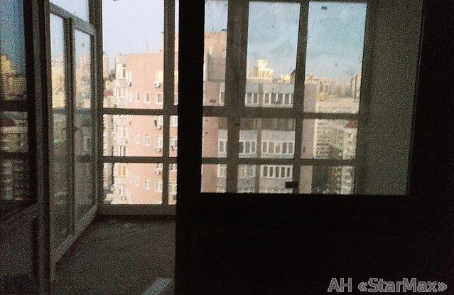 Продам квартиру Киев, Боженко ул.