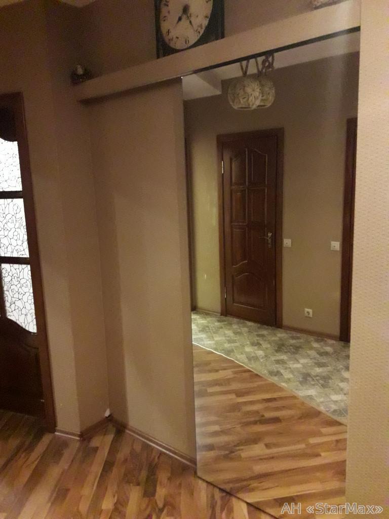 Продам квартиру Бровары, Петлюры Симона ул. 4