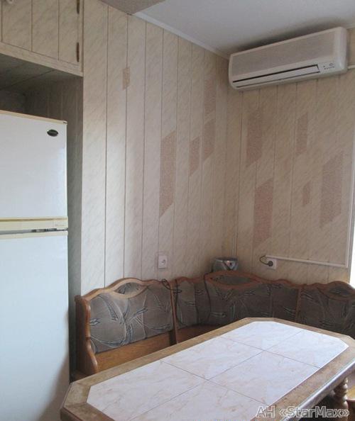 Продам квартиру Киев, Мильчакова Александра ул. 3