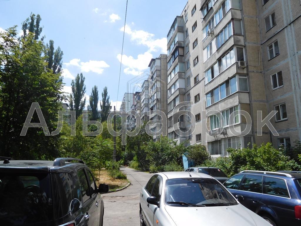 Продам квартиру Киев, Минский пр-т