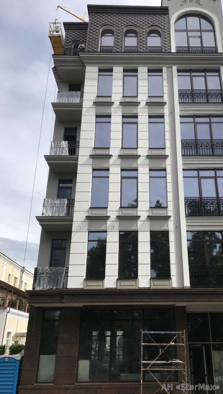 Сдам офисное здание Киев, Верхний Вал ул.