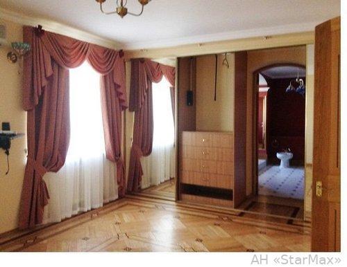 Фото 2 - Продам апартаменты Киев, Антоновича ул.