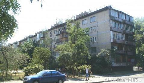 Фото 5 - Продам квартиру Киев, Курнатовского ул.