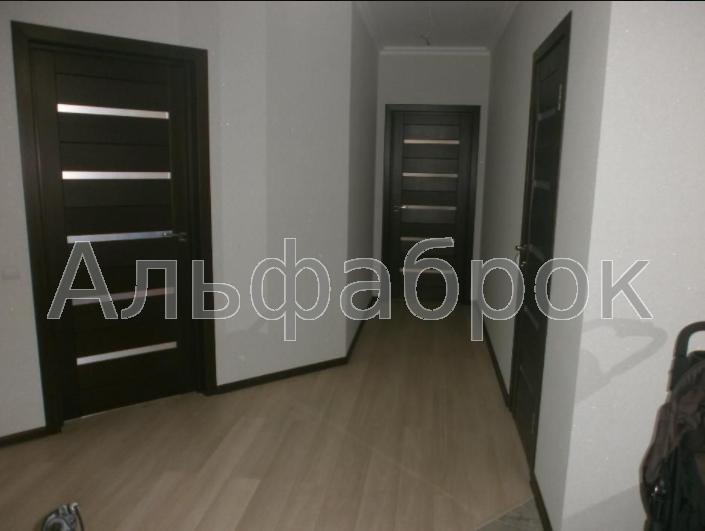 Продам квартиру Киев, Ревуцкого ул. 4