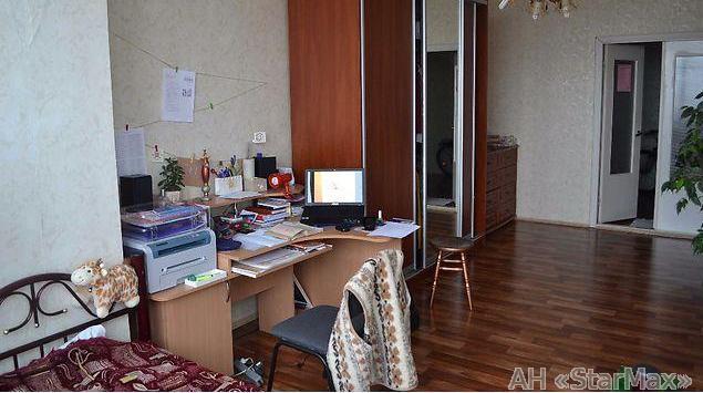 Продам квартиру Киев, Градинская ул. 3