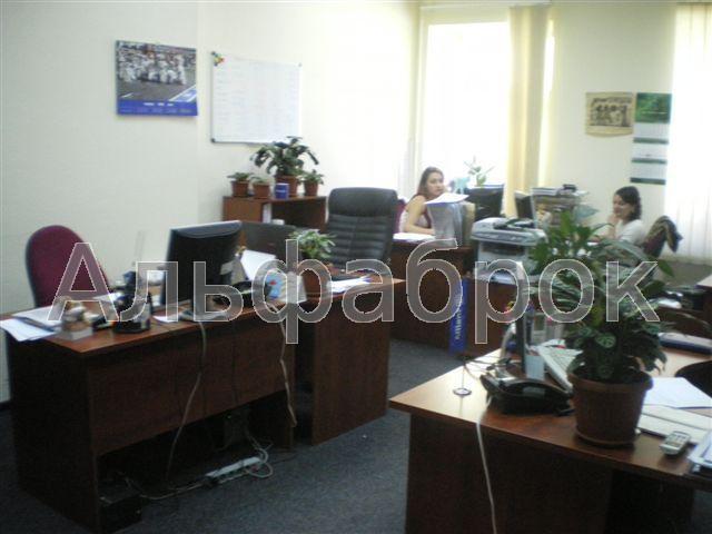Продам офисное помещение Киев, Хмельницкого Богдана ул.