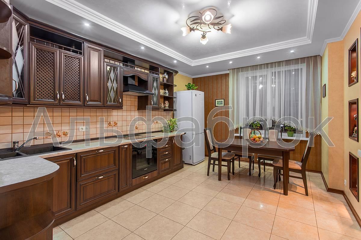 Продам апартаменты Киев, Днепровская наб.