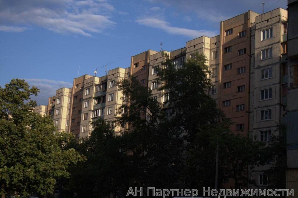 Фото - Продам квартиру Киев, Героев Днепра ул.