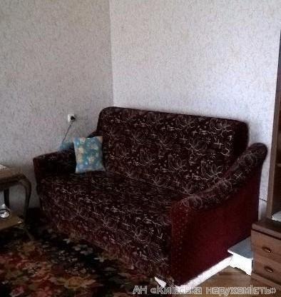 Продам квартиру Киев, Ольжича ул. 3