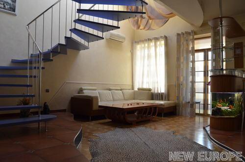 Продам квартиру Киев, Богомольца Академика ул. 5