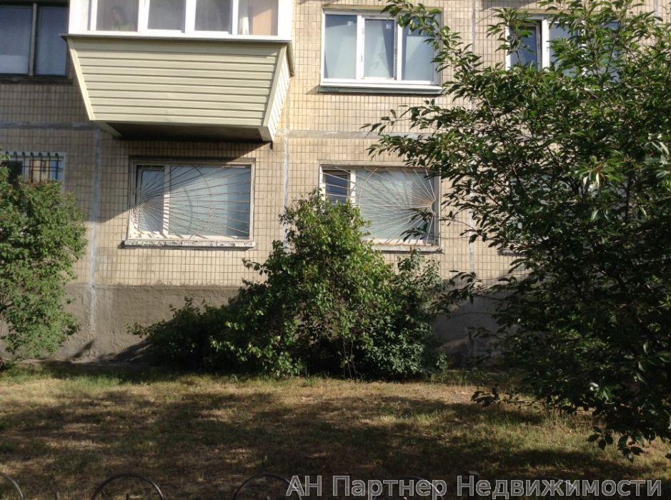 Фото - Продам квартиру Киев, Красноткацкая ул.