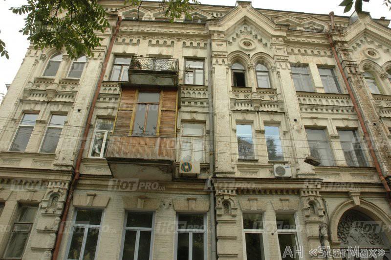 Фото 2 - Продам квартиру Киев, Малоподвальная ул.