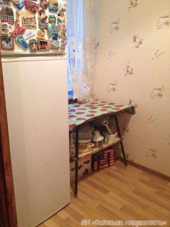 Фото 2 - Продам гостинку Киев, Пост-Волынская ул.