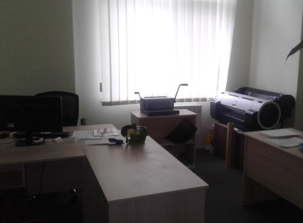 Продам офисное помещение Киев, Запорожца Петра ул. 3