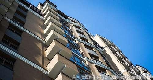 Продам квартиру Киев, Гоголевская ул. 4
