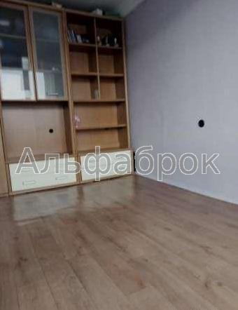 Продам квартиру Киев, Братиславская ул. 3