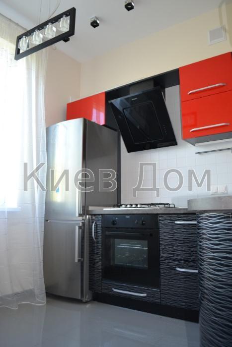Сдам квартиру Киев, Питерская ул.