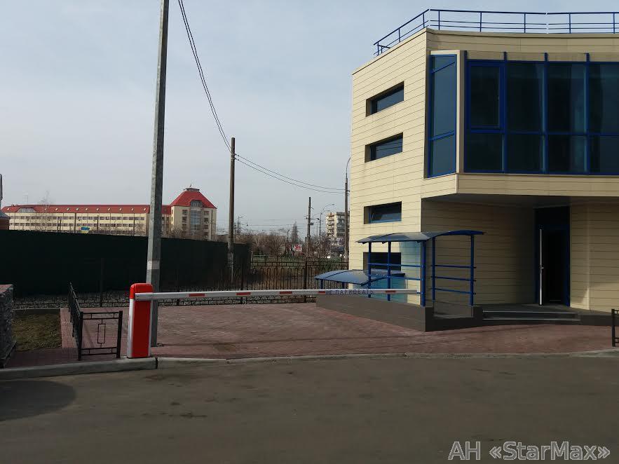 Продам торговое помещение Киев, Малиновского Маршала ул. 5