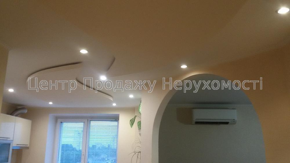 Продам квартиру Харьков, Жасминовый б-р 4