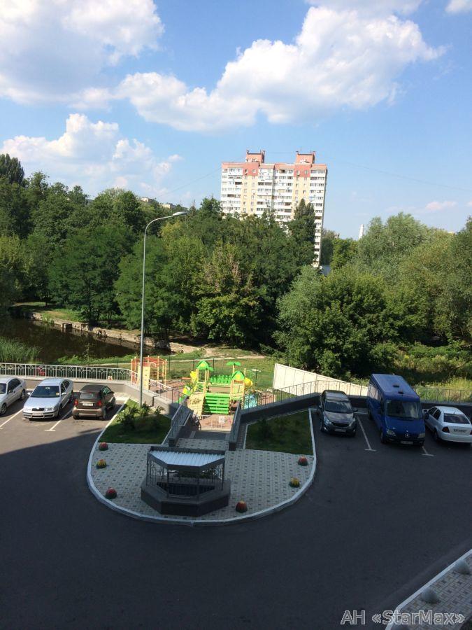 Продам квартиру Киев, Краснопольская ул. 5