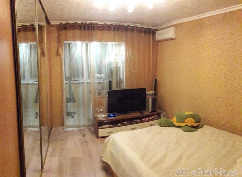Продам квартиру Киев, Академика Ефремова ул. 4